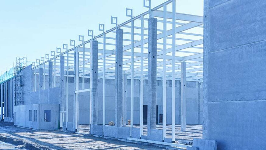 Hallenneubau: Aufbau einer neuen Halle
